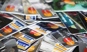 Difference Between a debit card and a credit card