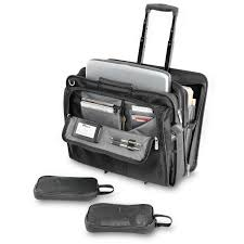 Many Benefits of The Laptop Rolling Case