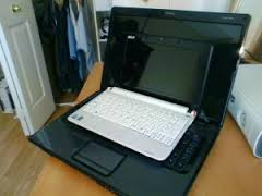 Differences Between Netbooks and Laptops