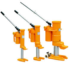 Various uses of Hydraulic jack