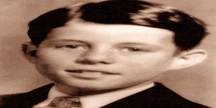 a biography of john fitzgerald kennedy born in brookline massachusetts Kennedy, including the biography of john f kennedy  born on 29 may 1917 brookline, massachusetts,  jean, and teddy john fitzgerald kennedy (brookline,.