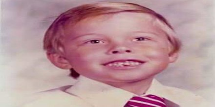 Biography of Elon Musk - Elon Musk Childhood