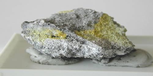 Challacolloite
