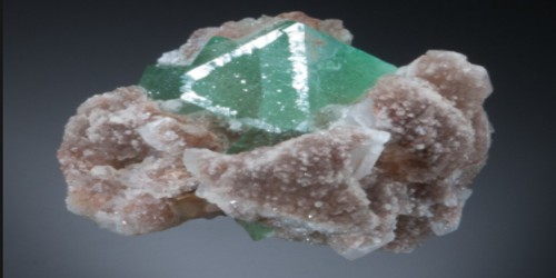 Fluorite: Properties and Occurrence