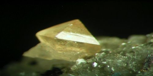 Kainosite: Properties and Occurrences