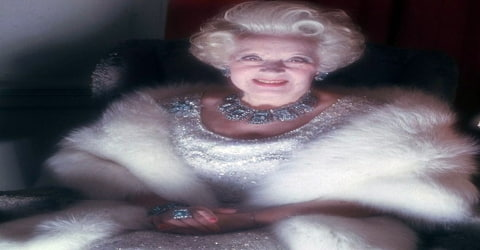 Biography of Barbara Cartland