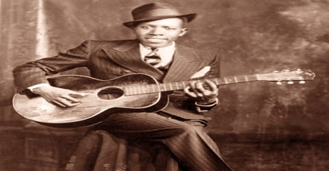 Biography of Robert Johnson