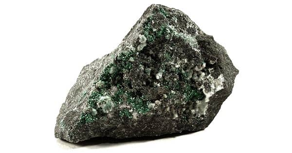 Minyulite: Properties and Occurrences