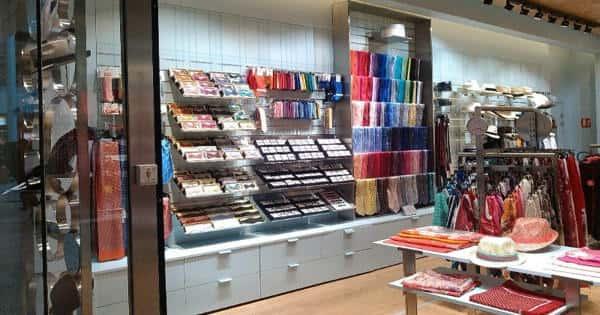 Tied Shop