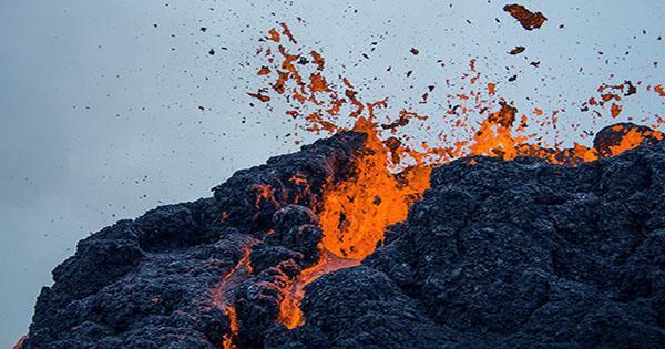 Amazing Drone Footage Shows Icelandic Volcano Eruption Up Close
