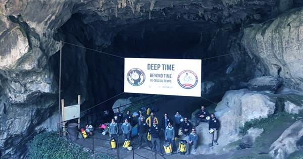 A Group of People Just Emerged From 40 Days in a Cave with No Daylight or Clocks
