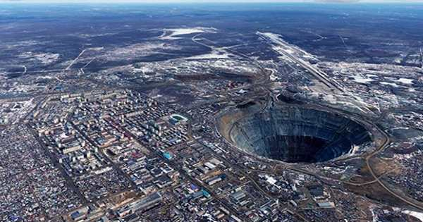 A Journey down the World's Deepest Hole Built by Soviet Scientists