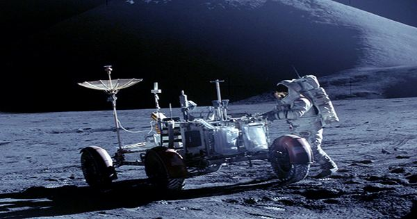 Crewed Missions to the Moon Need to Get a Move on to Avoid Upcoming Solar Storms