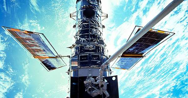 A Computer Glitch Stopped Hubble's Operations. So Far, Restart Efforts have Failed