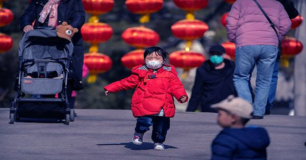 China will Allow Couples to have Three Children in Historic Policy Shift
