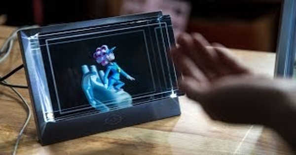 Looking Glass creates Holographic Displays of the Second Generation