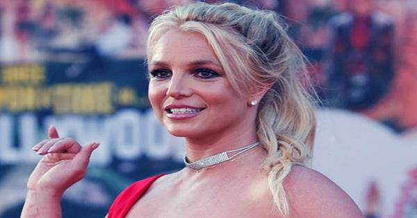 Science Journal Nature Once Published Britney Spears Fanfiction and People are Bewildered