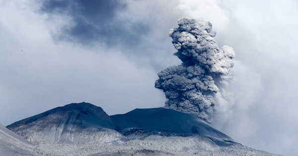 Volcano Research Advances our understanding of the Deep Structure of Volcanoes