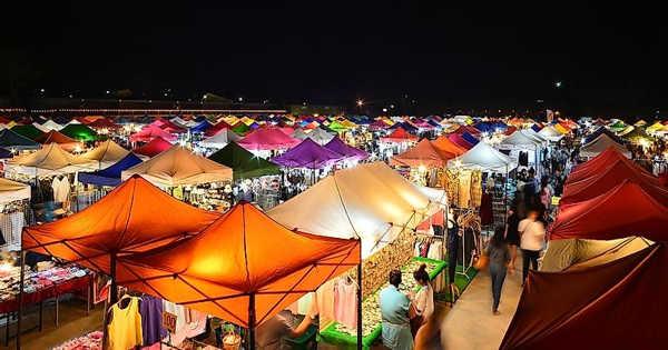 A Night Market Scene