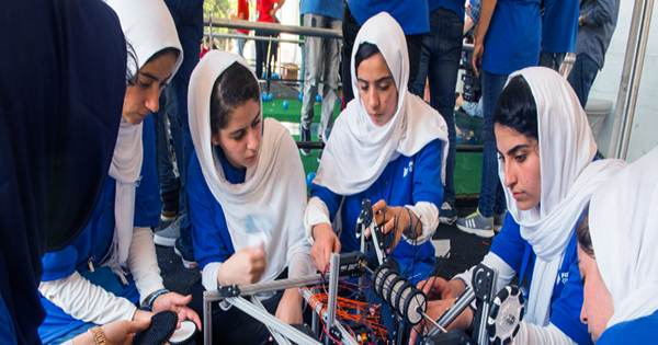 """Afghan all-Girl Robotics Team """"Begging"""" to be allowed to Move to Canada"""