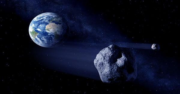 Asteroid as Large as a Mountain will Fly near Earth this Weekend