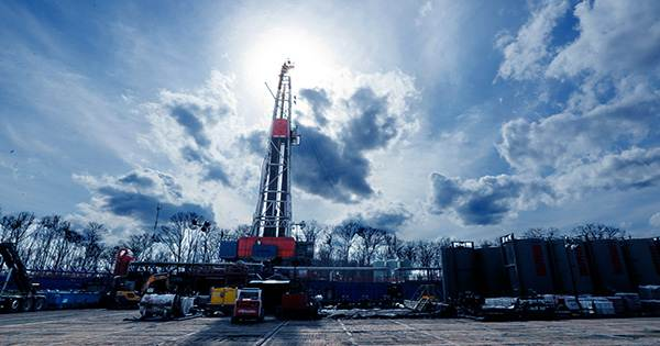"""Report Finds Evidence of Toxic """"Forever Chemicals"""" Used in Fracking across the US"""