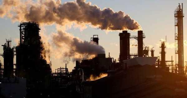 El Nino-induced Extraordinary Carbon Emissions of Burning Biomass