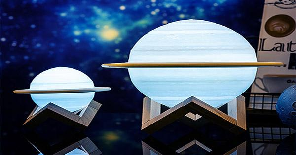 Get these Accurate 3-Color 3D Planet Lamps for Less than $150